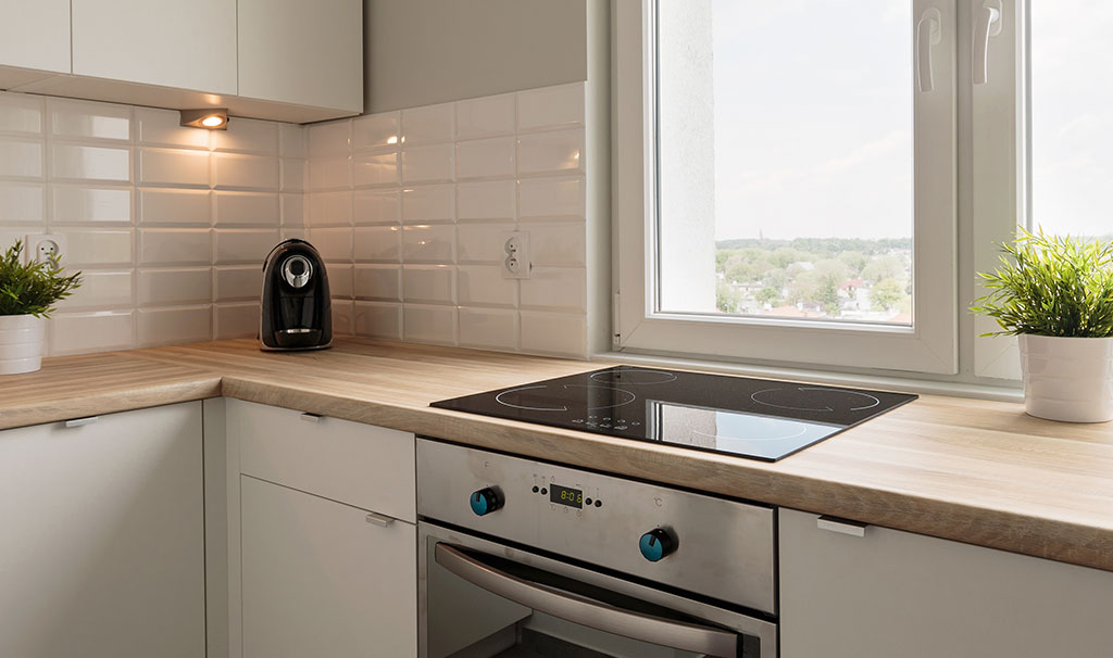 Electric hob and wooden worktops