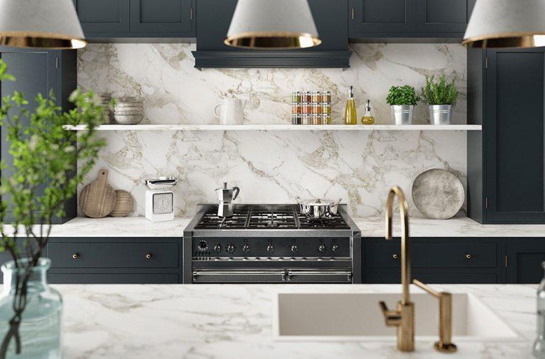 Modern kitchen with range gas cooker